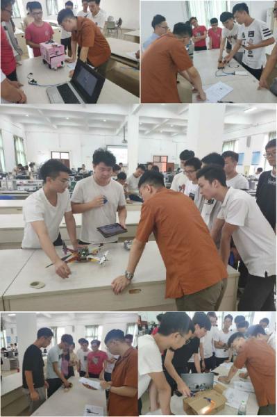 信盈达工程师指导同学们项目